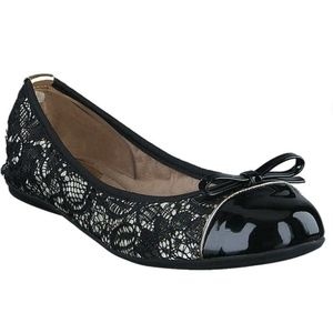BUTTERFLY TWISTS Cara Lace Black Ballet Flats